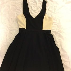ABS Allen Schwartz black and white dress Sz 6